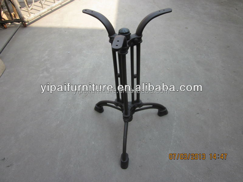 Iron Table Legs : ... with Cast Iron Furniture Leg Feet. on cast iron furniture legs metal