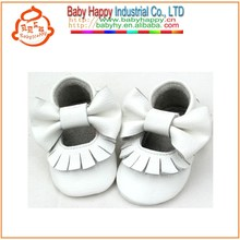 Branded Soft leather infant shoes baby moccasins