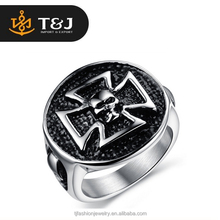 2015 high quality New Listing Black Titanium plated Male Ring skull rings for men jewelry