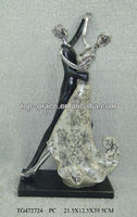 wedding gift, Resin silver wedding figurine