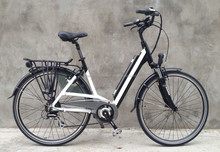 2015 Finland hot sale strong city style electric bicycle with battery in frame (HJ-14C18 )