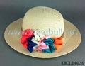 las señoras de la moda de verano de ala ancha sombrero de paja con la flor