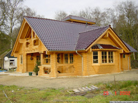 2015 hotest Prefabricated wood garden house log home factory direct sales
