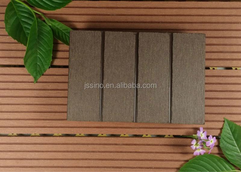 Bon prix bois plastique patio parquet ext rieur tanche for Plancher exterieur plastique