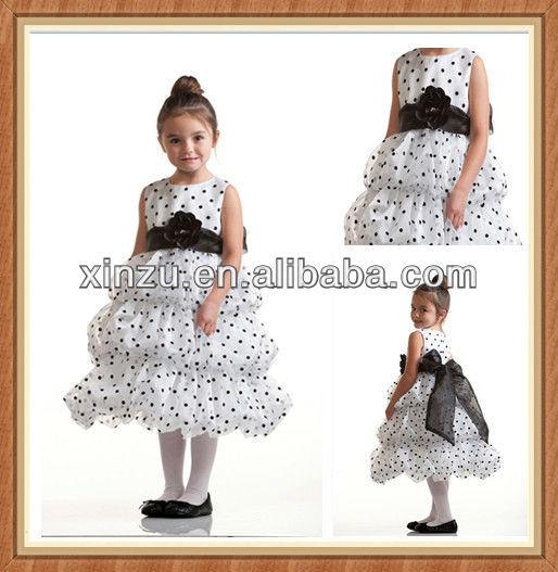 Lindo de la princesa de la burbuja de la falda con del punto de polca blanco y negro de la muchacha de flor vestidos