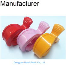 Colored alligator plastic spring baby pram peg clip wholesale