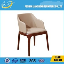 DC013-04-32 luxury wooden leather dining chair for Europe