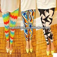 Hot Selling Fashion Lady Get BSCI Certification Item Sex tights Slim Women Rainbow Waves Geometric Diamond Print Leggings