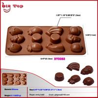 2015 New 12 Holes Silicone Chocolate Molds with Fruit Shape Banana Grape Pineapple Silicone Bakeware Mini Chocolate Mold