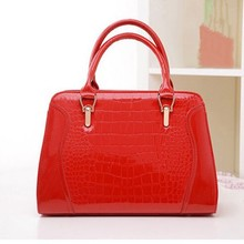 D24527Q 2014 the new woemn fashion patent leather handbags