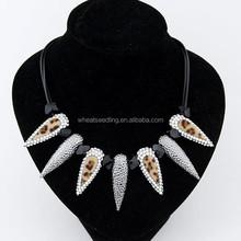 di alta qualità nuovo arrivo 2 colori denti di squalo collana