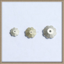 machine cut glass flower sew on stone for cloth