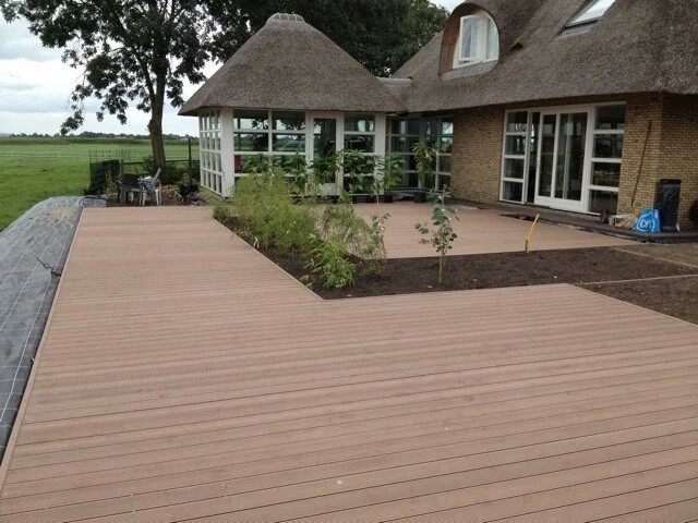 Cheap price outdoor wpc decking wood plastic composite for Wpc decking