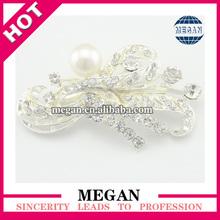 wholesale fashion Pearl rhinestone beaded brooch