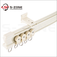 Industrial mechanical curtain pulley track system