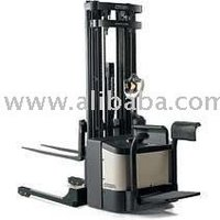 WS 2300 Powered Stackers