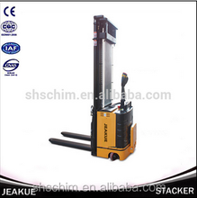 2015 ShenChuan Newest Newly Design High Lift Electric Stacker Standing Operation Type with 4.5/5.3/5.5/5.8m