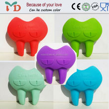 2015 New Design BPA Free Silicone Teether Innovations Products for Babys