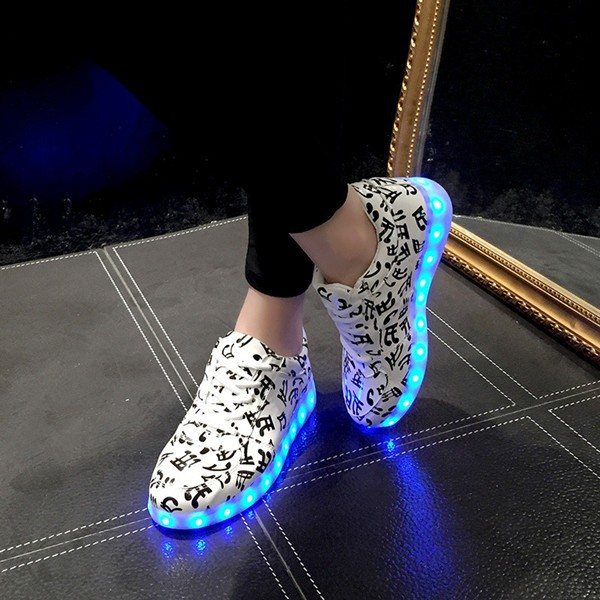 Wonderful Fashion Women LED Sneakers Breathable USB Mens Light Up Shoes Men39s