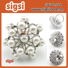 Factory wholesale new design finger ring zinc alloy crystal rhinestone ring