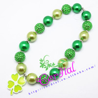 Cordial Design Fashion Handmade Beaded Jewelry Four-leaved Clover Shaped Green Necklace For St.Patrick's Day