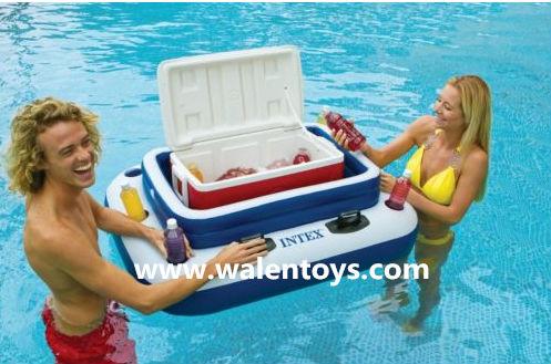 Intex piscine gonflable refroidisseur partie flottante for Grosse piscine gonflable
