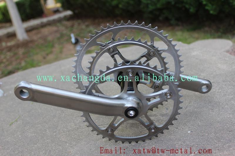 Ti tandem bike frame crankset01.jpg