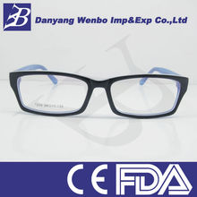 Nice pattern reading glasses with metal case