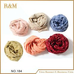 Latest arrival excellent quality girls scarf China wholesale