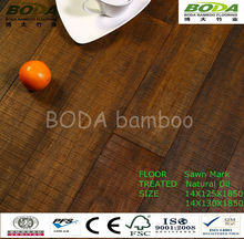 Cosecha de bambú tejido filamento suelo- aserrada mark-- madera a la deriva- aceite