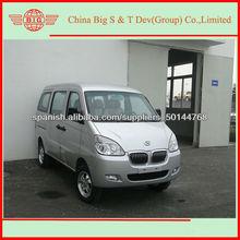 2013 nuevo 8 asientos de lujo mini furgoneta / Euro IV motor estándar de oficina van / camioneta comercial barato