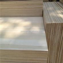 Paulownia borde de madera maciza de paneles de precio