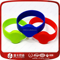 Cheap Silicone MIFARE Classic 1K smart rfid wrist watch for party