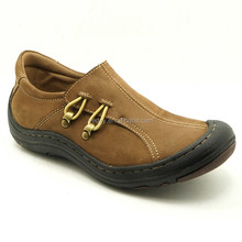 Fashionable and comfortable boy's leather casual shoes with low price wholesale in china, running shoes for children