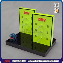 TSD-A267 fashinable table sunglasses displays rack/wood table top display shelf/optical shop decoration