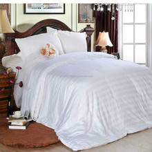 Europe and America Hot Selling New Design Satin Stripe Silk Quilk/Comforter(Fill 1.5 kg)