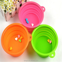 Silicone collapsible dog bowl