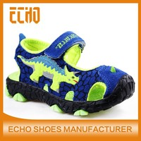 2015 new style casual comfortable dinosaurs sandals, lighted boys sandals durable leather sandals