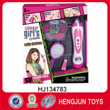 Promotional eco-friendly plastic fashion girl's hair beader set for gifts