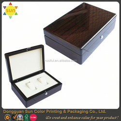 large unfinished wooden box/square wooden box/latches for wooden box