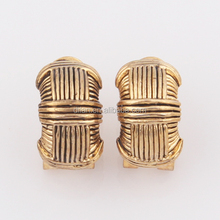 Gold overlay jewelry whole year hot trendy vintage style simple design zinc material cross textured anti-allergy earrings