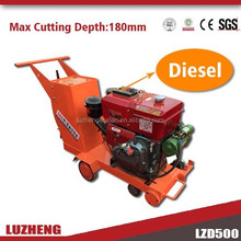 Portable concrete saw cutting machine