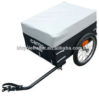Bicycle cargo trailer with rain cover