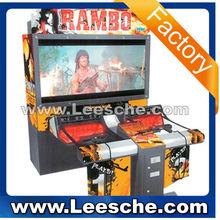Que funcionan con monedas de tiro juego de arcade máquina ametralladora juego de simulador