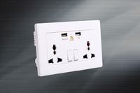 Universal on off switch 146 socket two gang with usb 13A 110-250v