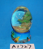 Polyresin turtle snow globe for home decoration