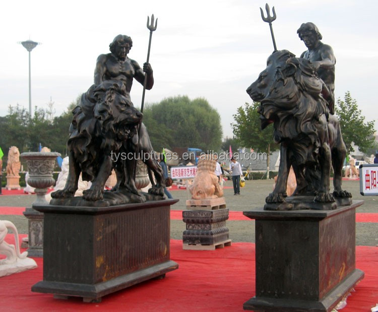 bronze man with lion d3.jpg