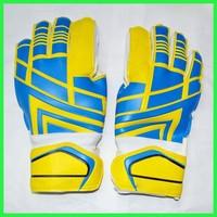 Custom made football goalkeeper gloves