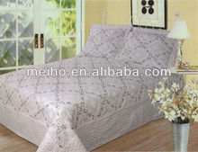 Zhejiang China king size bedding sets cheap quilts made in china