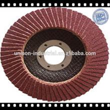 rueda de la aleta con papel de lija